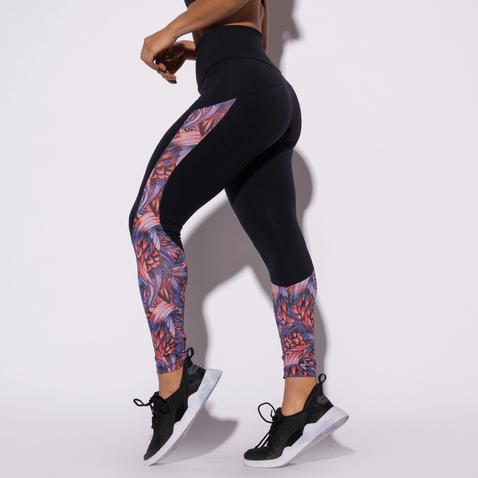 Legging-Fitness-Preta-Recorte-Flores-LG1350