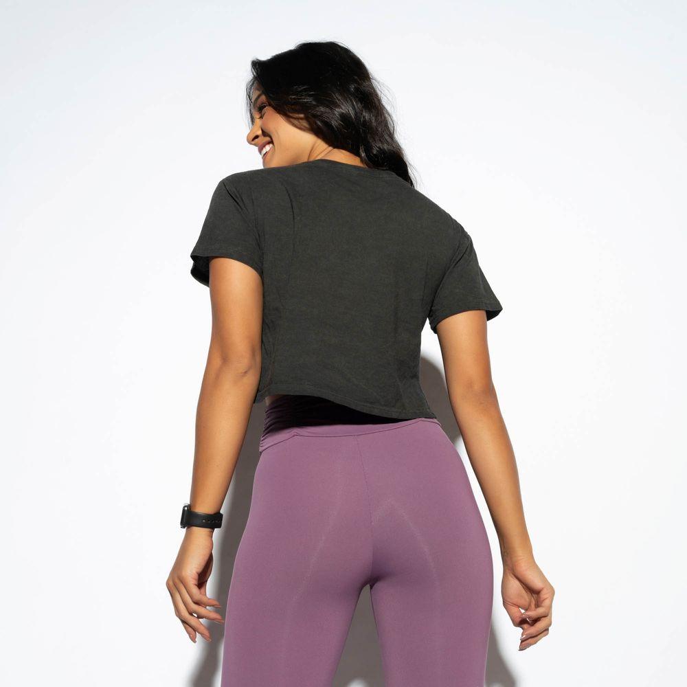 Cropped-Fitness-Corte-a-Fio-Preto-Estonado-CR090