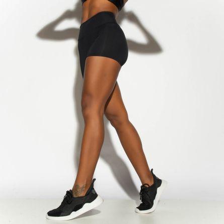 Short-Fitness-Preto