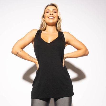 Camiseta-Fitness-Preta-Gola-V-CT739